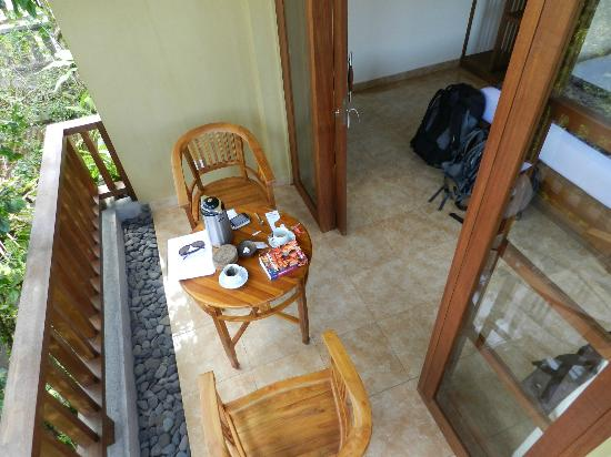 Jawi House & Painter: Balcon