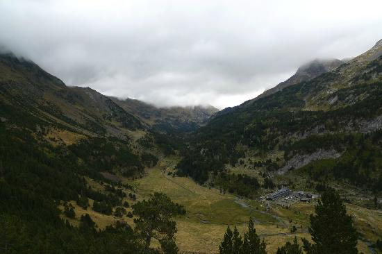 Benasque, Spain: View of the Hotel (Bottom right) from one of the routes to French border