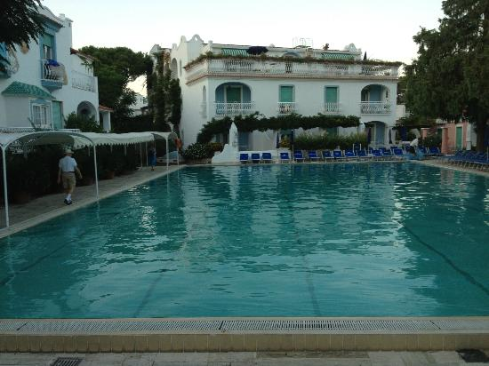 Hotel Continental Terme : Main thermal pool