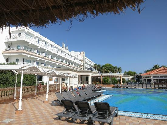 Pool area picture of insotel hotel formentera playa for Hotel formentera playa