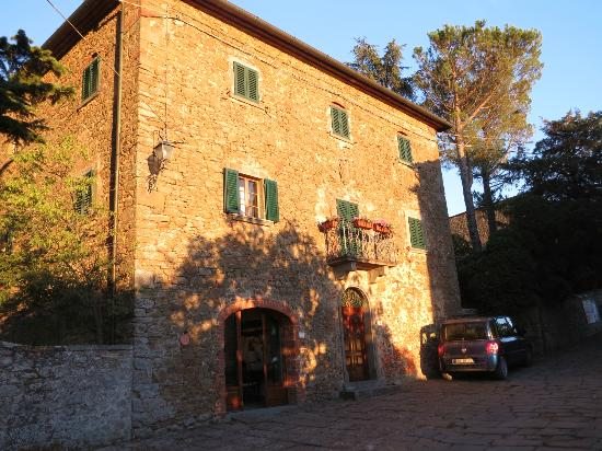 Borgo Rapale: The Villa
