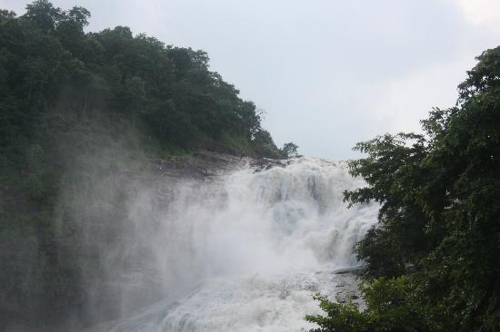 Adilabad, India: Waterfall