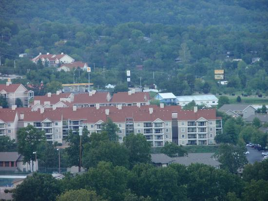 Wyndham Branson at The Meadows: Branson meadows as seen from scenic overlook!