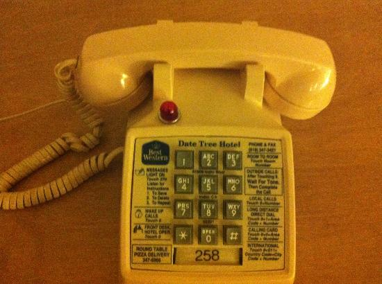 BEST WESTERN Date Tree Hotel: Old school phone