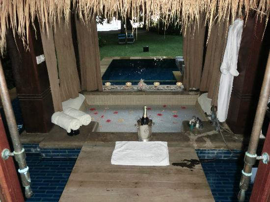 Anse Louis, Seychelles: pool and jacuzzi