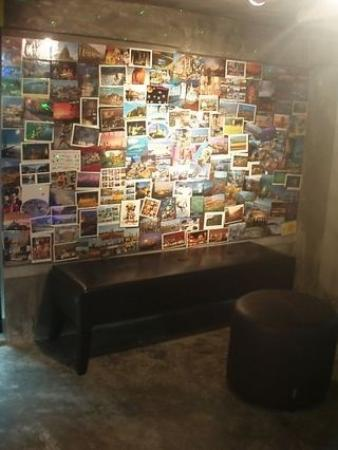 Chilli Bangkok Hotel: postcard bar :)