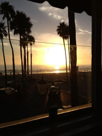 Newport Beach Hotel: sunset