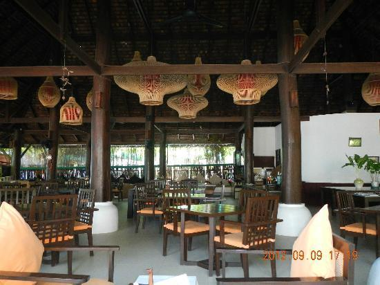 Chaweng Gardens Beach: restaurant, never eat there