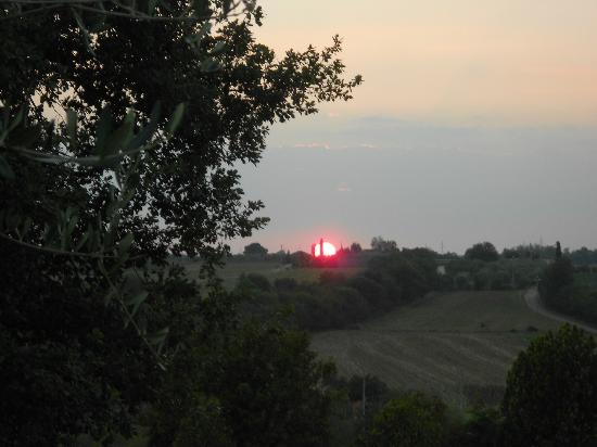 Il Villino di Cortona: Sunset from the house