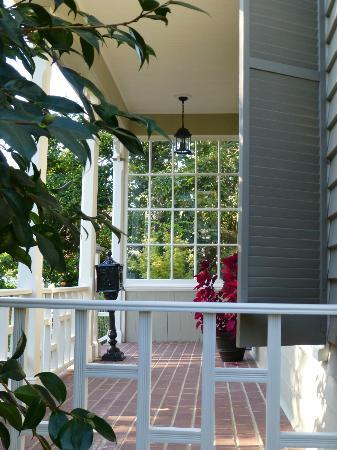 Inn on Randolph: Inn Front Porch