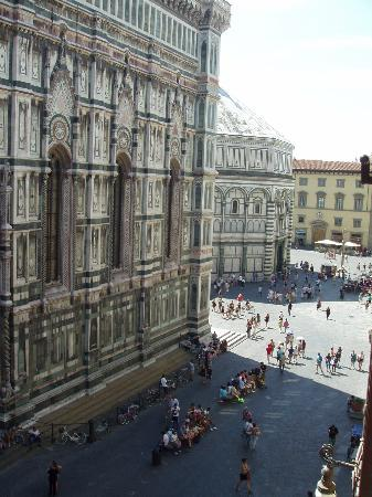Hotel Duomo Firenze: from our room daytime