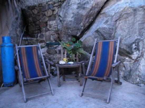 Casa Santa Cruz: patio, great for reading as look out at Ocean