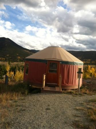 Snow Mountain Ranch: black bear yurt