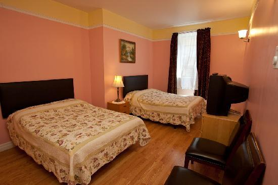 Hotel Villa: Standard room with Two Double Beds