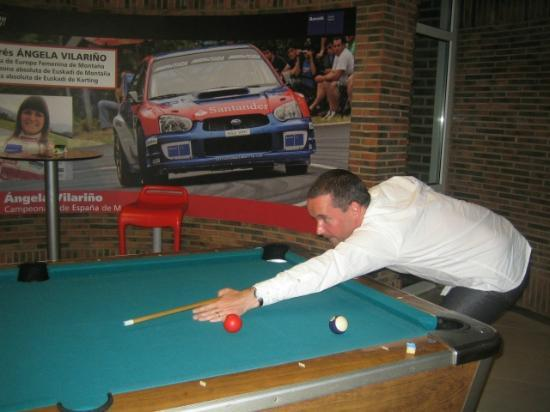 Barcelo Costa Vasca: Not easy playing pool when you are about to be hit by a rally car!