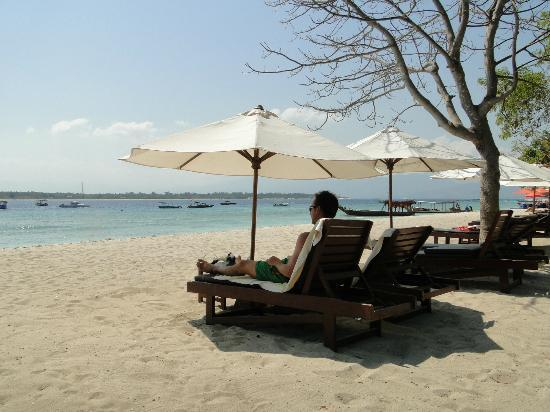 beach in front of Villa Unggull