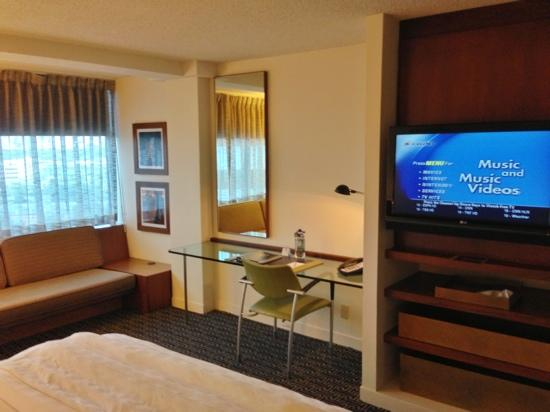 Hotel Derek Houston Galleria: King room