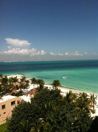 Ixchel Beach Hotel: View from my room