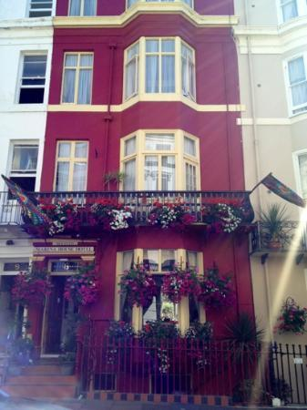 Brighton Marina House Hotel : Outside