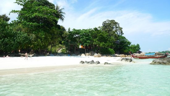 Sanom Beach Lipe Resort