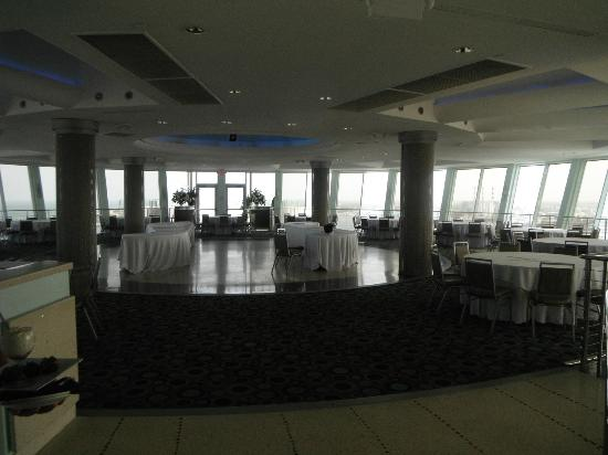 Hyatt Regency Pier Sixty-Six: The banquet room
