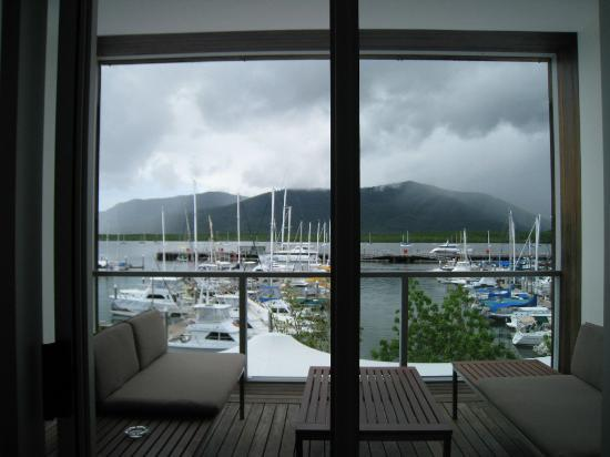 Shangri-La Hotel, The Marina, Cairns: Nice view from the room. 