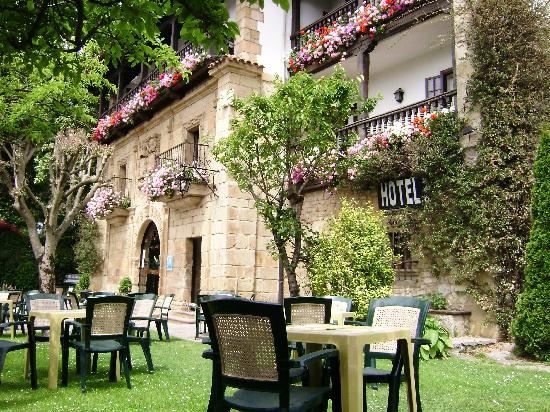 Photo of Hotel Los Infantes Santillana del Mar