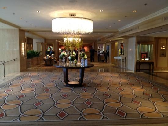 The Ritz-Carlton Chicago (A Four Seasons Hotel): The Lobby