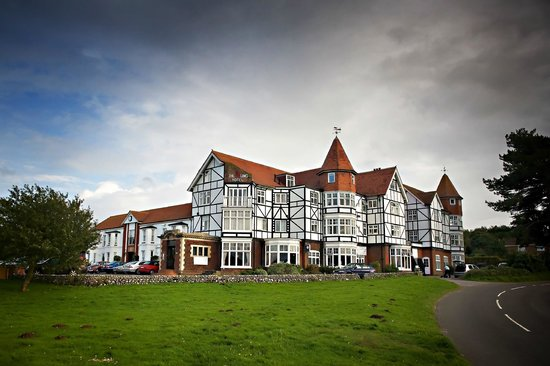 The Links Country Park Hotel & Golf Club