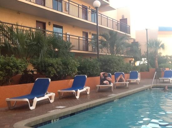 10th Floor Outdoor Pool Area With Hot Tub Picture Of