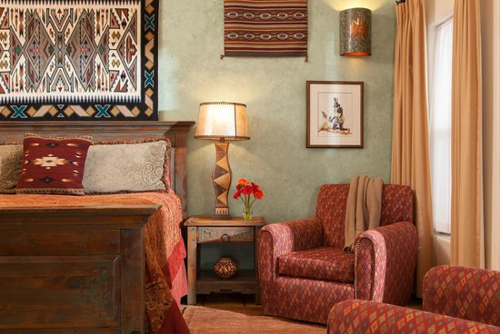 Four Kachinas Inn: Zia Room - King Bed