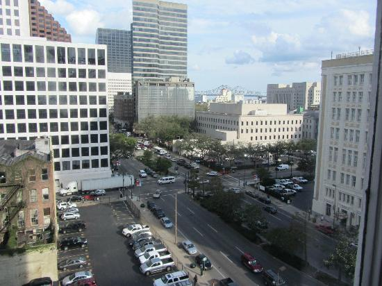 Le Pavillon Hotel: View from our 9th story room, Carondolet & Poydras.