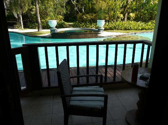 The Laguna, a Luxury Collection Resort & Spa: Balcony of room leading to pool