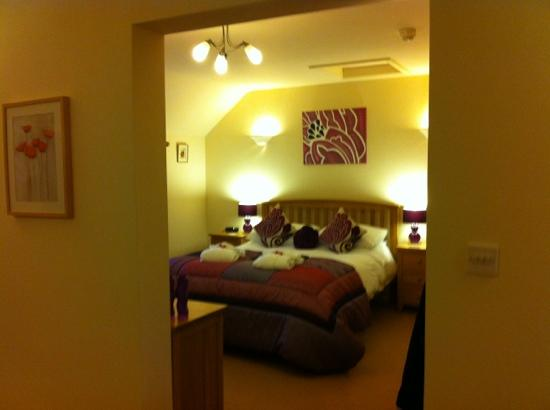 Tan-yr-Onnen: Bedroom area of Poppy suite