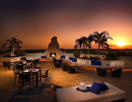 Mayfair Hotel & Spa: Rooftop Fireplace