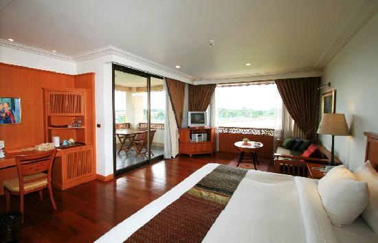 Photo of Central River House Resort Chiang Rai
