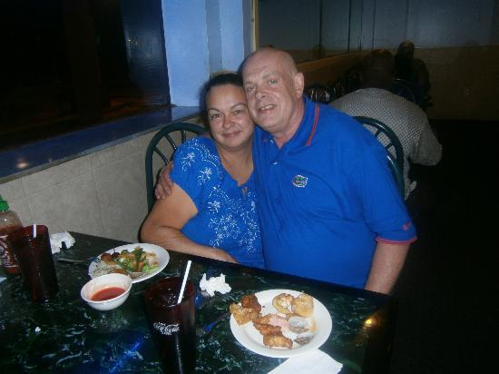 Americas Best Value Inn: Chinese restaurant in hotel was amazing and very good value