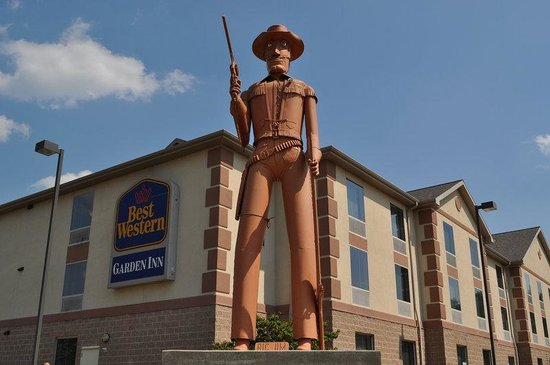 Photo of Best Western Garden Inn Bentleyville