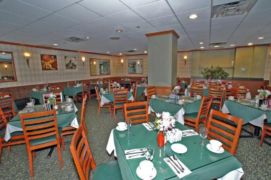 Holiday Inn Midtown / 57th St: Restaurant