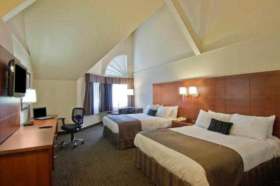 BEST WESTERN PLUS Royal Brock Hotel & Conference Centre: Guest Room