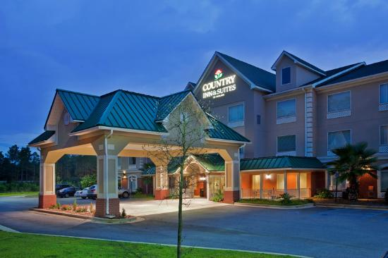 Country Inn & Suites By Carlson: Night Exterior