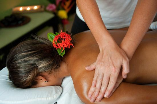 Las Terrazas Resort: Relaxing Massage at Serenity Spa