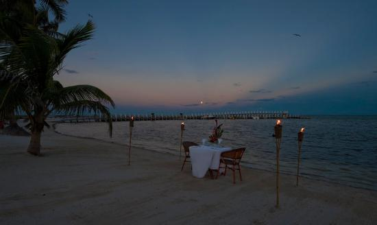 Las Terrazas Resort: Private Dinner on the Beach