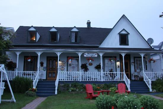 Auberge Maison Hovington Of Maison Hovington B B Reviews Deals Tadoussac Quebec