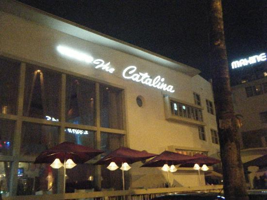 Catalina Hotel & Beach Club: Front of hotel