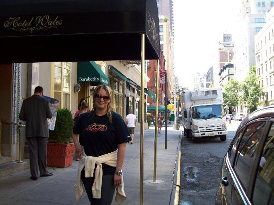 Hotel Wales: Lissette at Wales Hotel New York