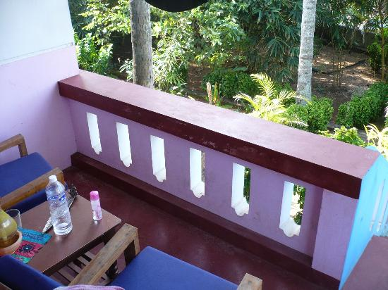Good Karma Beach Resort: balcony