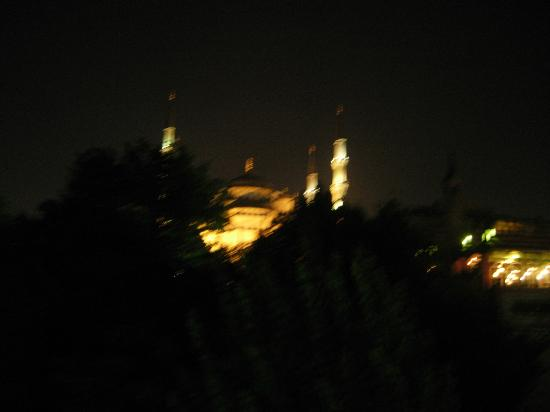 Hotel Darussaade Istanbul: view from roof