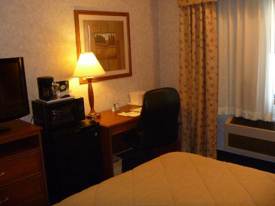 Comfort Inn: Room