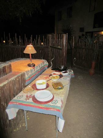 Bushwise Safaris: Dinner at Bushwise
